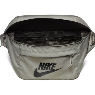 Nike Shoulder Body Bag 10Liter - oliv
